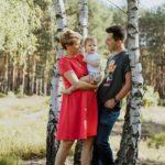 sesja rodzinna w lesie Puszcza kampinoska